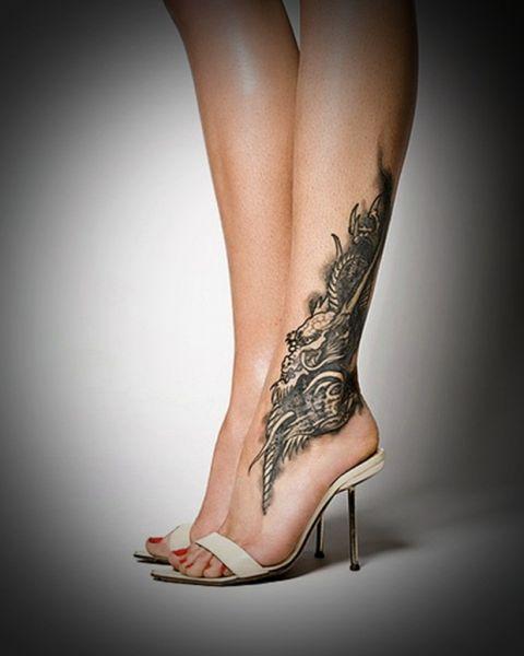 tatuaż smok na kostce