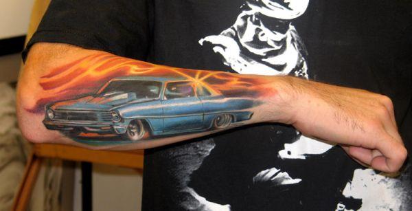 Tatuaż Samochód Na Ręce
