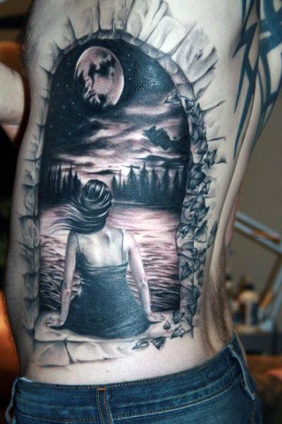 tatuaż 3d na boku