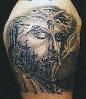 tatuaż Chrystusa ukrzyżowanego
