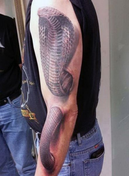 amazing cobra tattoo