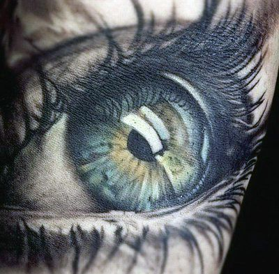 absolutely amazing eye tattoo