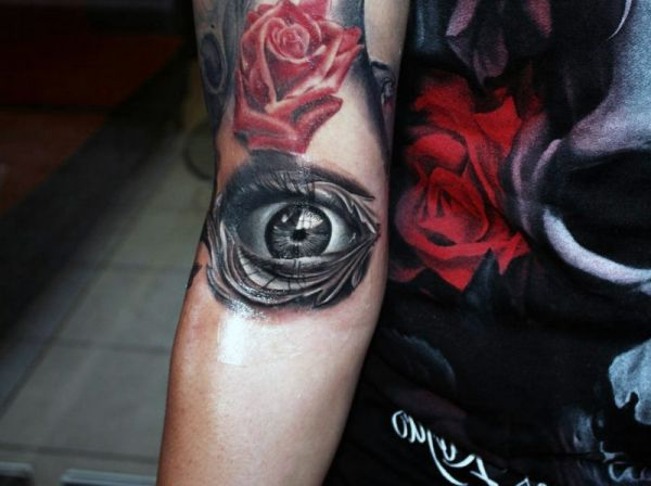 incredible 3d eye forearm tattoo