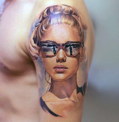 tatuaże realistyczne twarz kobiety