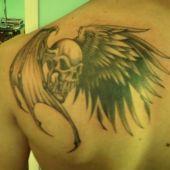 demon na plecach