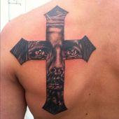 krzyż i Chrystus