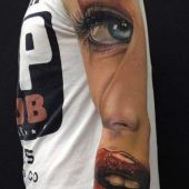 tatuaż 3d na ręce