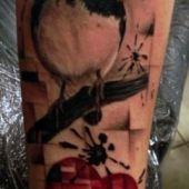 tatuaż ptak i serce
