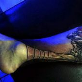 amazing 3d tattoo on leg