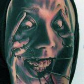 tatuaże 3d na ramieniu