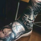 tatuaże na stopie zombi