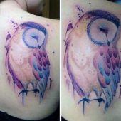 tatuaże damskie niesamowita sowa