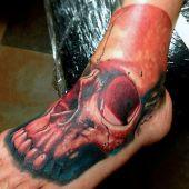 tatuaże na stopie czaszka 3d