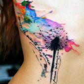 tatuaże damskie kolorowy dmuchawiec