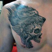 tatuaże męskie czaszka i wilk