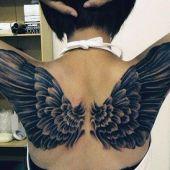 tatuaże damskie piękne skrzydła