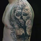 amazing skull tattoo for man