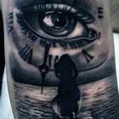 tatuaże 3d zegar i oko