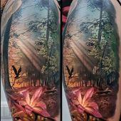 tatuaże realistyczne piękny las