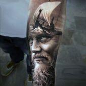 tatuaże 3d twarz i statek