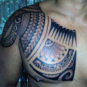 chest maori tattoo