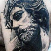tatuaże religijne Chrystus w koronie