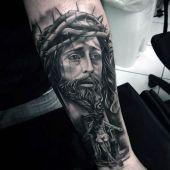 Chrystus tatuaż religijny