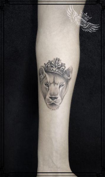 lwica 6cm tatuaż