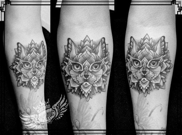 centuriontattoo kot mandala tatuaż