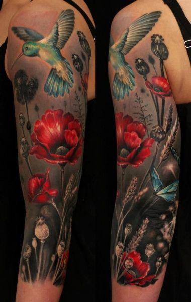piękny tatuaż kolibra