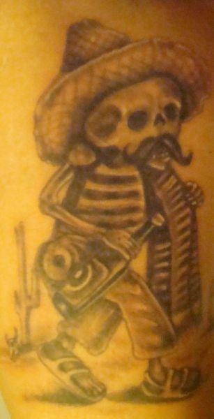 tatuaż, czarny meksykański szkieletor