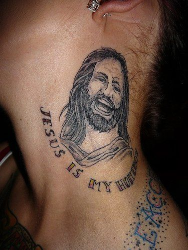Tatuaż Jezus Na Szyi
