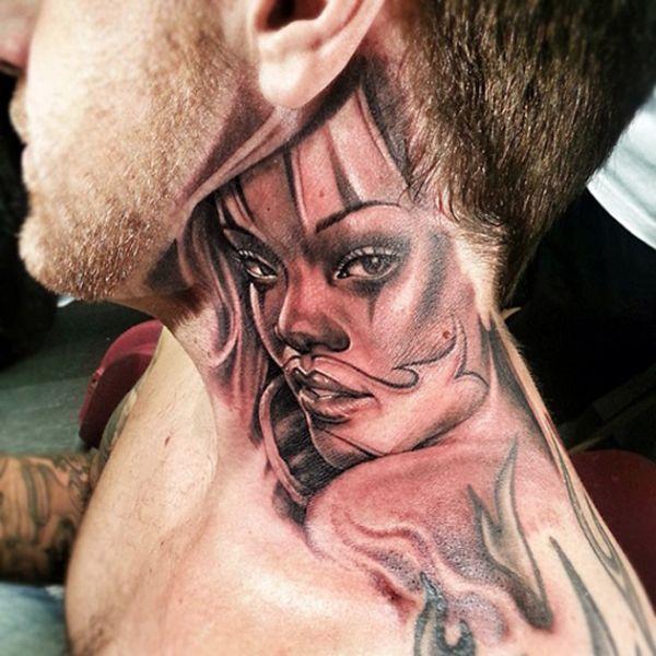 tatuaże na szyi twarz kobiety
