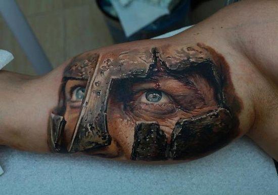 Tatuaż Oko 3d Na Bicepsie