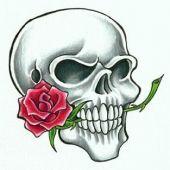 tatuaż zaszka z różą