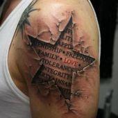 tatuaż gwiazda 3D na ramieniu