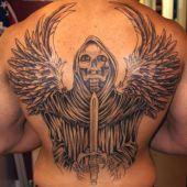 tatuaż na plecach śmierć