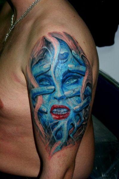 twarz 3D tatuaż