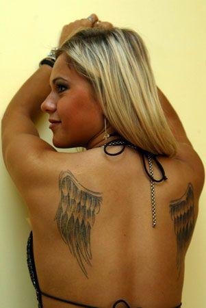skrzydła dody na plecach